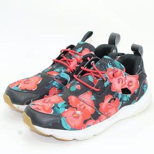 Reebok Slip-on Shoes. Size 8